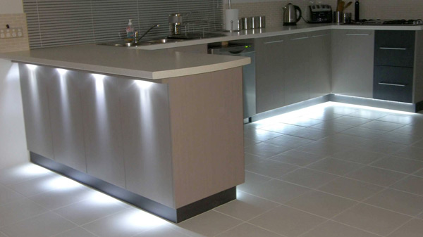 AQLighting LED Under Cabinet Puck Lights